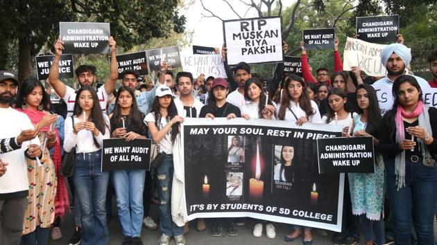 A silent candle march was taken out in Chandigarh on February 24, 2020, to pay tributes to the victims of a fire at a paying guest facility in Sector 32.(HT File Photo)