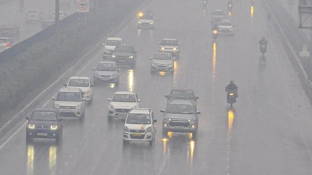 This is the second day in a row that Delhi has received rainfall in the early hours of the morning. The city had received rainfall with thunderstorms and lightning on Saturday.(PTI)
