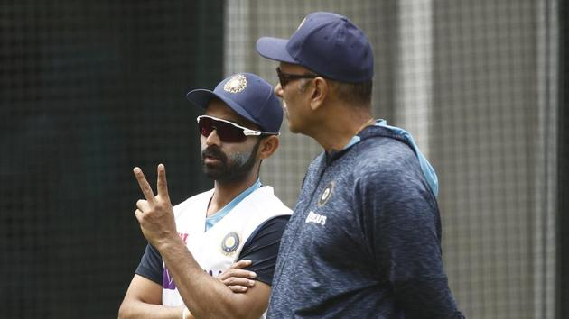 Ajinkya Rahane of India (L) speaks with India head coach Ravi Shastri during an Indian Nets Session at the Melbourne Cricket Ground on December 23, 2020 in Melbourne.(Getty Images)