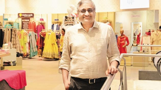 Future Group Founder and CEO Kishore Biyani does not expect any hurdle after the order of the Delhi High Court which has directed the regulators to take an independent call on the issue.(Hemant Mishra/Mint)
