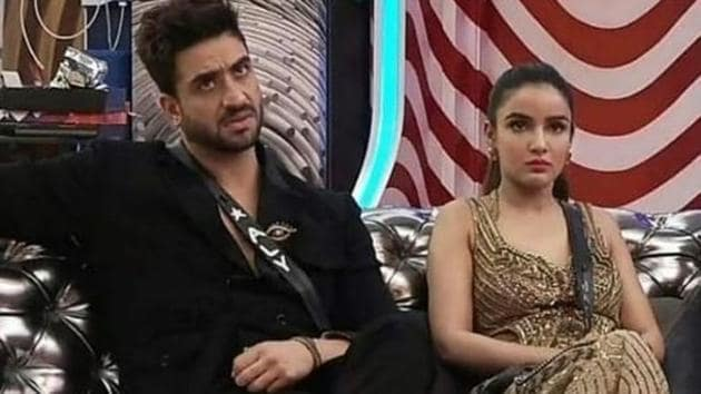 Jasmin Bhasin was seen crying on Tuesday's Bigg Boss 14 episode while Aly Goni tried to comfort her.
