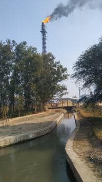 The villagers had filed a complaint with the NGT in 2018, alleging that the emission and liquid discharge from the refinery was polluting the air and ground water in the area.(HT Photo)