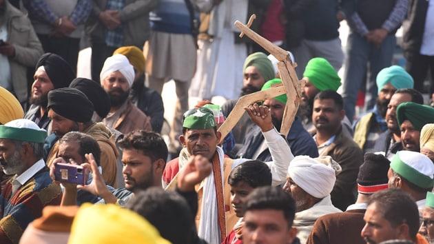 A group of farmers disrupted the speech of BJP MLA Vikram Saini at a kisan mela (farmers' fair) at Khatauli town of Muzaffarnagar on Wednesday(Representational image/HT PHOTO)