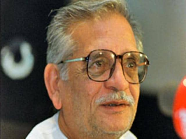 Gulzar-recites-his-poems-in-Urdu-during-his-12-day-tour-to-Japan