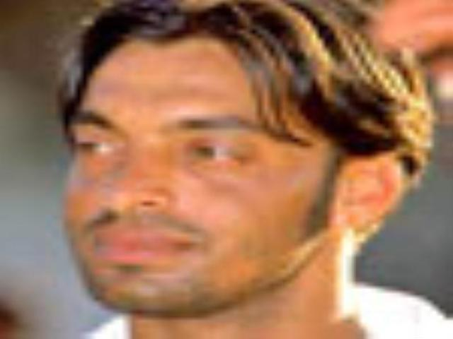 Shoaib Akhtar slams new free-hit rule