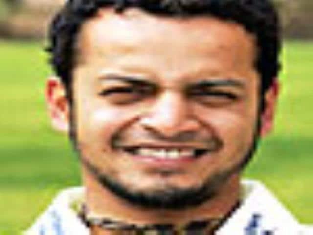 Murali Kartik replaces Powar