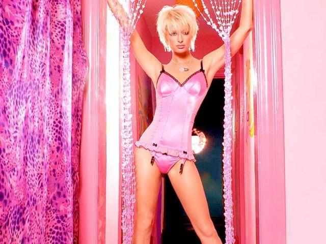 Paris Hilton,Eyes Wide Shut,Chace Crawford