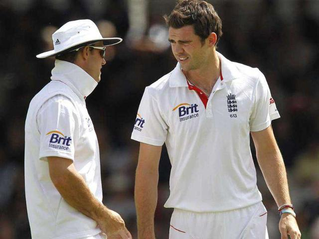 England-s-Kevin-Pietersen-bowls-a-ball-to-Mahendra-Singh-Dhoni-during-the-fifth-day-of-the-first-Test-match-at-Lord-s-in-London