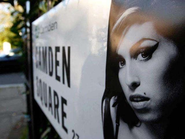 Hindustan times,Winehouse's,dionne bromfield