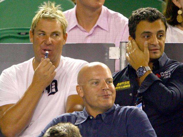 Shane-Warne-at-2011-Australian-Open-Photo-by-Robert-Prezioso-Getty-Images