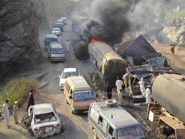 Pakistan suicide blast