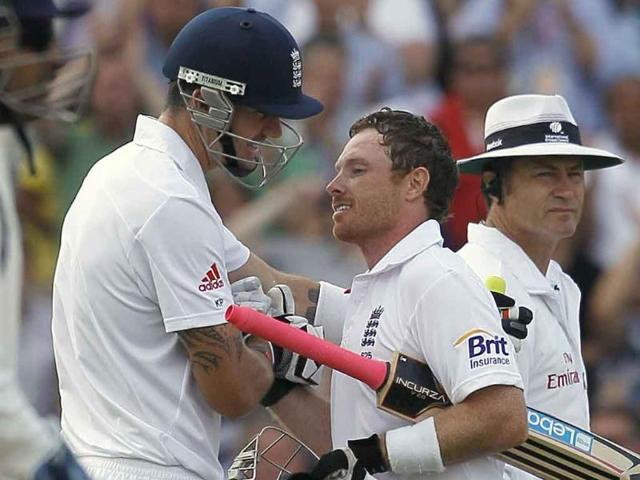 Ian-Bell-celebrates-his-century-with-Kevin-Pietersen-in-their-fourth-test-match-at-The-Oval-cricket-ground-in-London