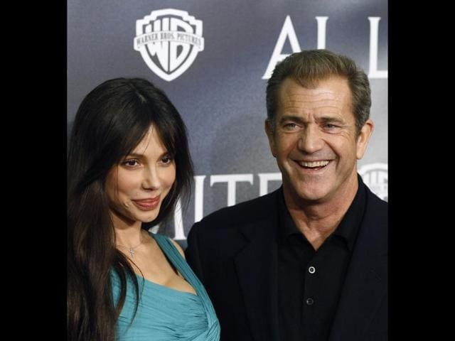 Australian-American-actor-Mel-Gibson-and-Russian-pianist-Oksana-Gigorieva