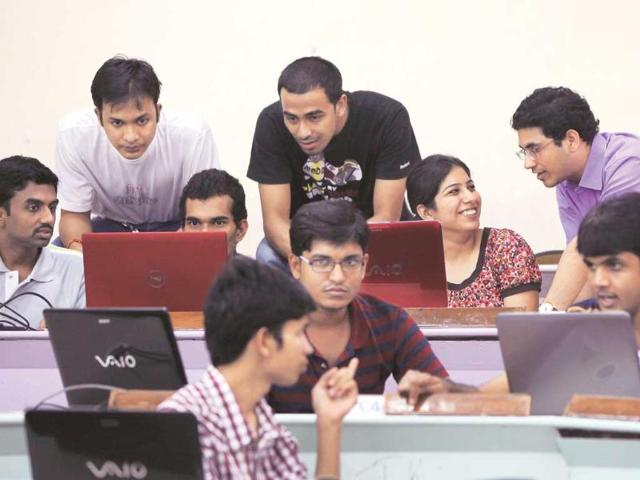 Individualism-and-a-social-spirit-Students-at-SPJIMR-are-exposed-to-games-that-make-them-better-team-players