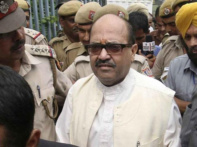Samajwadi Party,Amar Singh,cash-for-votes scam