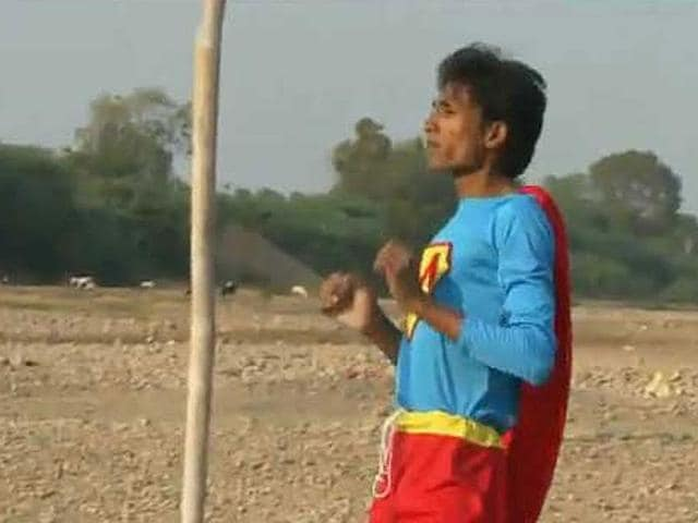 Shafique-Sheikh-Malegaon-s-28-year-old-Superman-died-of-mouth-cancer