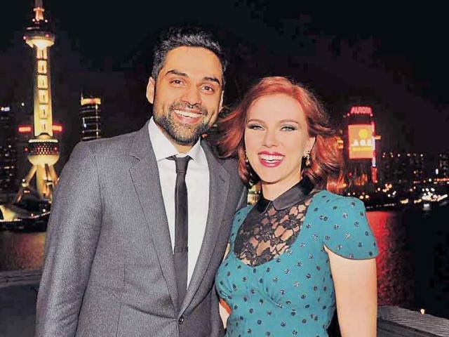 Abhay-Deol-and-Scarlett-Johansson