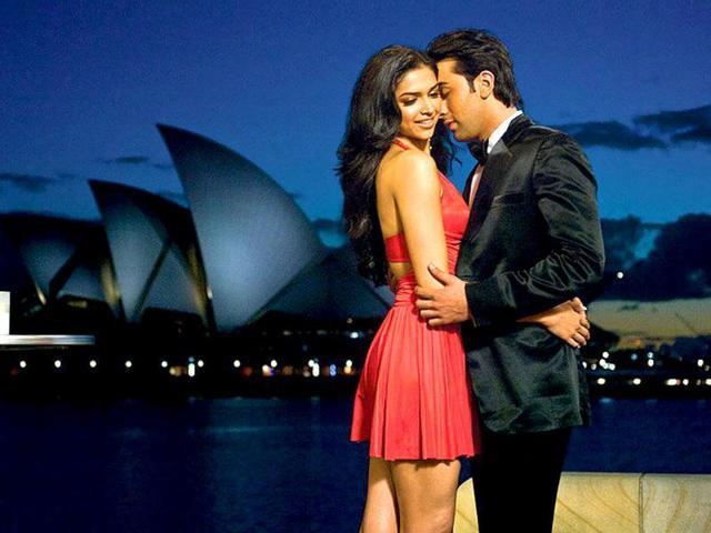 Deepika-Padukone-has-her-kitty-full-with-films-like-Cocktail-Yeh-Jawani-Hai-Deewani-Race-2-and-Rana