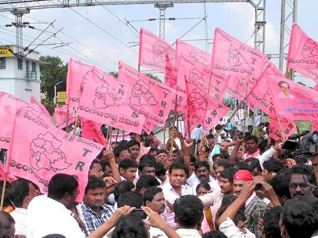 Protesters-participate-in-the-Rail-roko-call-given-by-Telangana-Joint-Action-Committee-at-Maula-Ali-Railway-Station-near-Hyderabad
