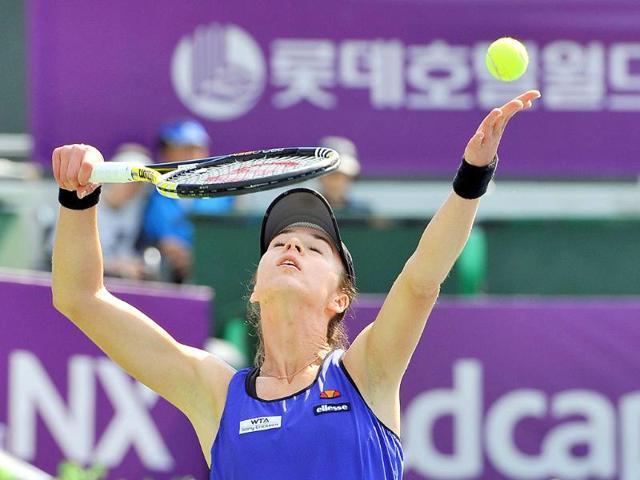 Galina-Voskoboeva-of-Kazakhstan-serves-to-Polona-Hercog-of-Slovenia-during-their-womens-semi-final-singles-match-at-the-2011-Hansol-Korea-Open-tennis-Championship-at-Olympic-Park-in-Seoul-on-September-24-2011-Voskoboeva-won-the-match-6-1-6-4
