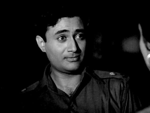 His-1961-black-and-white-film-Hum-Dono-was-digitised-and-colourised-and-released-recently