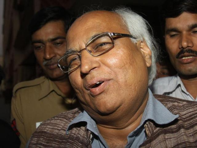 Sudheendra-Kulkarni-former-aide-of-BJP-leader-LK-Advani-was-arrested-in-cash-for-vote-case-by-the-police