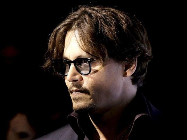 Johnny-Depp-with-Amber-Heard