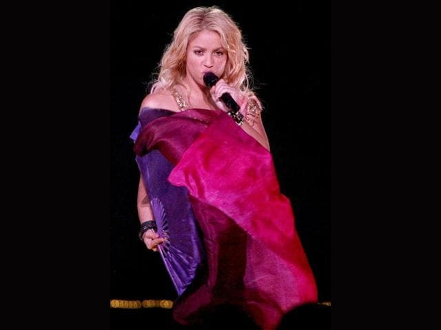 Shakira,Hollywood,Christina Aguilera