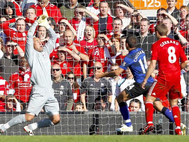 Manchester United,Liverpool,Javier Hernandez