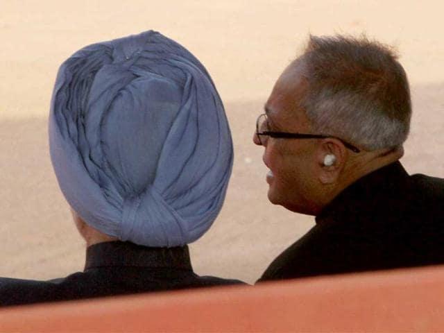 Manmohan Singh,pranab mukherjee,finance minsiter