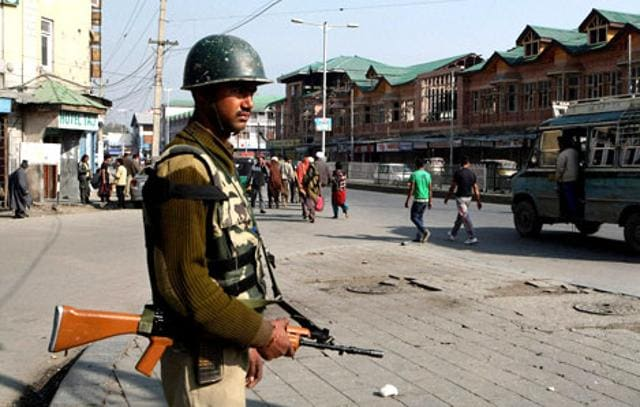 Srinagar,democracy,armed forces