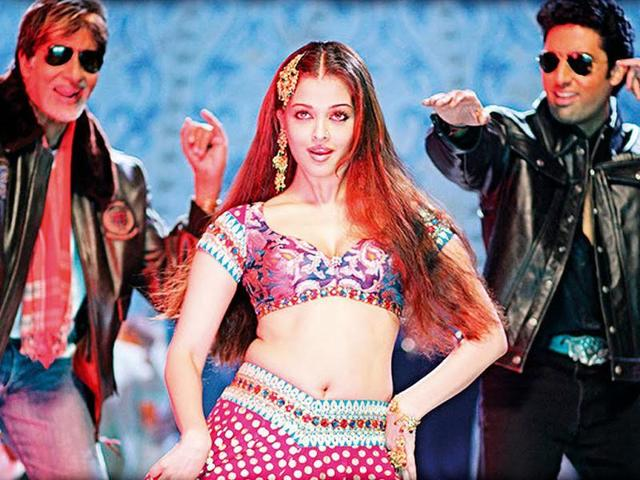 Aishwarya-s-item-song-Kajra-Re-in-Bunty-Aur-Bubly-was-a-huge-hit-She-has-also-done-another-item-track-Ishq-Kamina-with-SRK