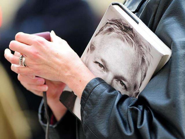 news,hindustantimes,Assange