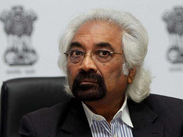 Sam-Pitroda-advisor-to-Prime-Minister-on-Public-Information-Infrastructure-and-Innovations-during-the-FICCI-Higher-Education-Summit-2011-in-New-Delhi-PTI-Photo-Atul-Yadav