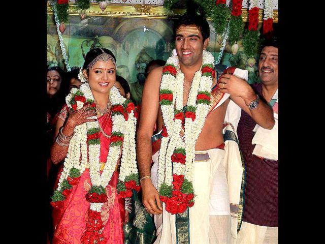 Cricketer-Ravichandran-Ashwin-with-his-wife-Preethi-during-their-wedding-at-Raghavendra-Kalyana-Mandapam-in-Chennai-PTI-Photo-R-Senthil-Kumar