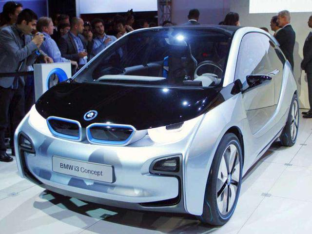 The-BMW-i3-electric-concept-vehicle-is-seen-at--Los-Angeles-Auto-Show