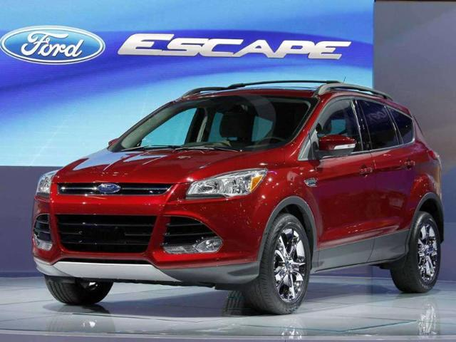 Ford recalls 6,500 vehicles,replace a rear door lock