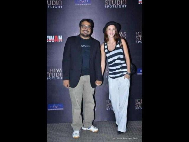 Anurag-Kashyap-and-wife-Kalki-caught-in-a-light-mood
