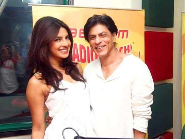 Shah Rukh-Priyanka to host Zee Cine Awards