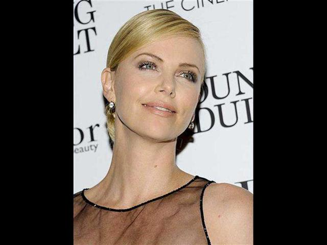 Actor-Charlize-Theron-attends-a-special-screening-of-Young-Adult-hosted-by-the-Cinema-Society-and-Dior-in-New-York