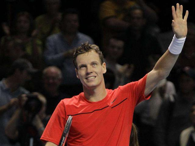 Czech-Republic-s-Tomas-Berdych-reacts-to-his-win-over-Janko-Tipsarevic-at-the-end-of-a-round-robin-single-tennis-match-at-the-ATP-World-Tour-Finals-at-O2-Arena-in-London-AP-Photo-Sang-Tan