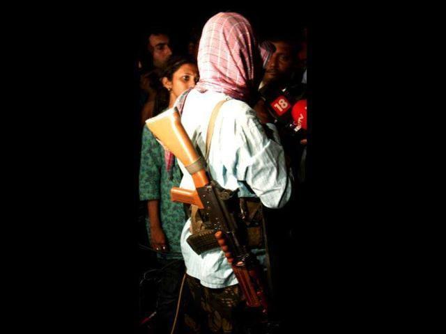 Maoists kills poll officials