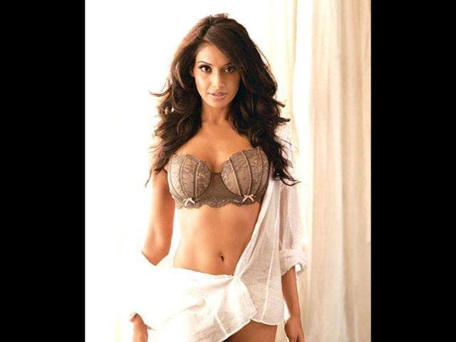 Actor-Bipasha-Basu