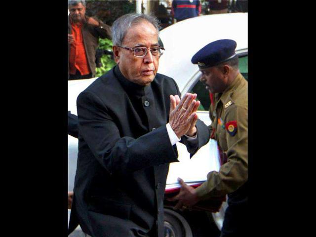 Union-finance-minister-Pranab-Mukherjee-arrives-to-attend-the-all-party-meeting-to-discuss-the-issue-of-Foreign-Direct-Investment-FDI-in-the-retail-sector-at-Parliament-House-in-New-Delhi