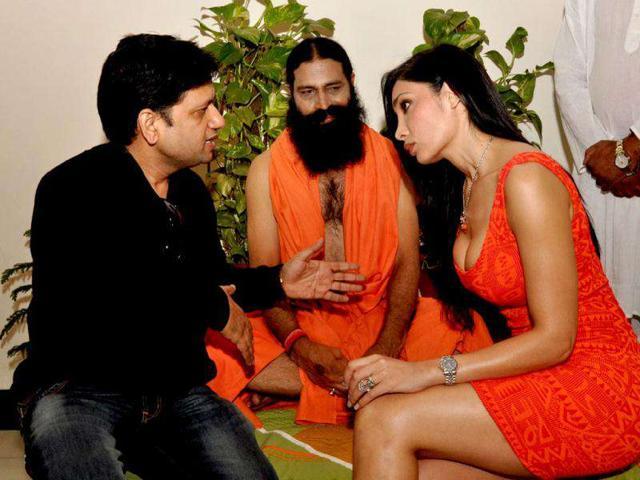 Ramdev-s-lookalike-in-a-scene-from-an-upcoming-film-Bhai-Ka-Maal-Hai-