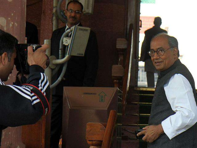 Congress-leader-Digvijaya-Singh-arrives-to-attend-the-winter-session-of-Parliament-at-Parliament-House-in-New-Delhi-HT-Photo-Sonu-Mehta