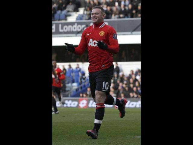 Manchester-United-s-Wayne-Rooney-celebrates-his-goal-against-Queens-Park-Rangers-during-their-English-Premier-League-soccer-match-at-Loftus-Road-in-London-Reuters-Eddie-Keogh