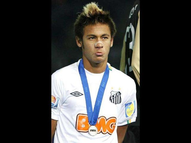 Neymar,Brazilian football star,FC Barcelona