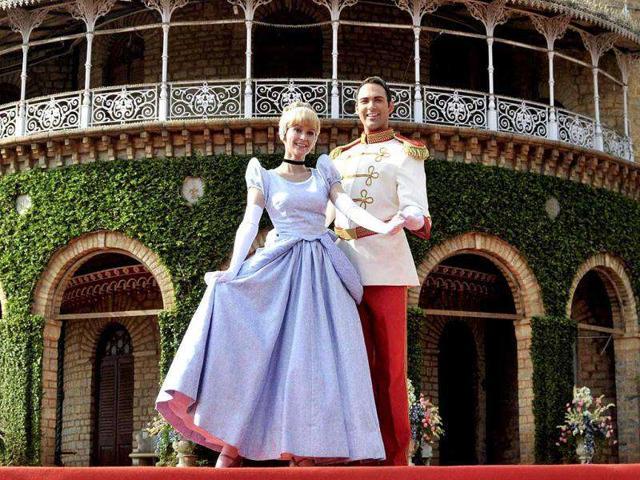 Disney,Cinderella,DLF place