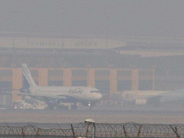 Over 600 flights affected due to worst fog in 8 years